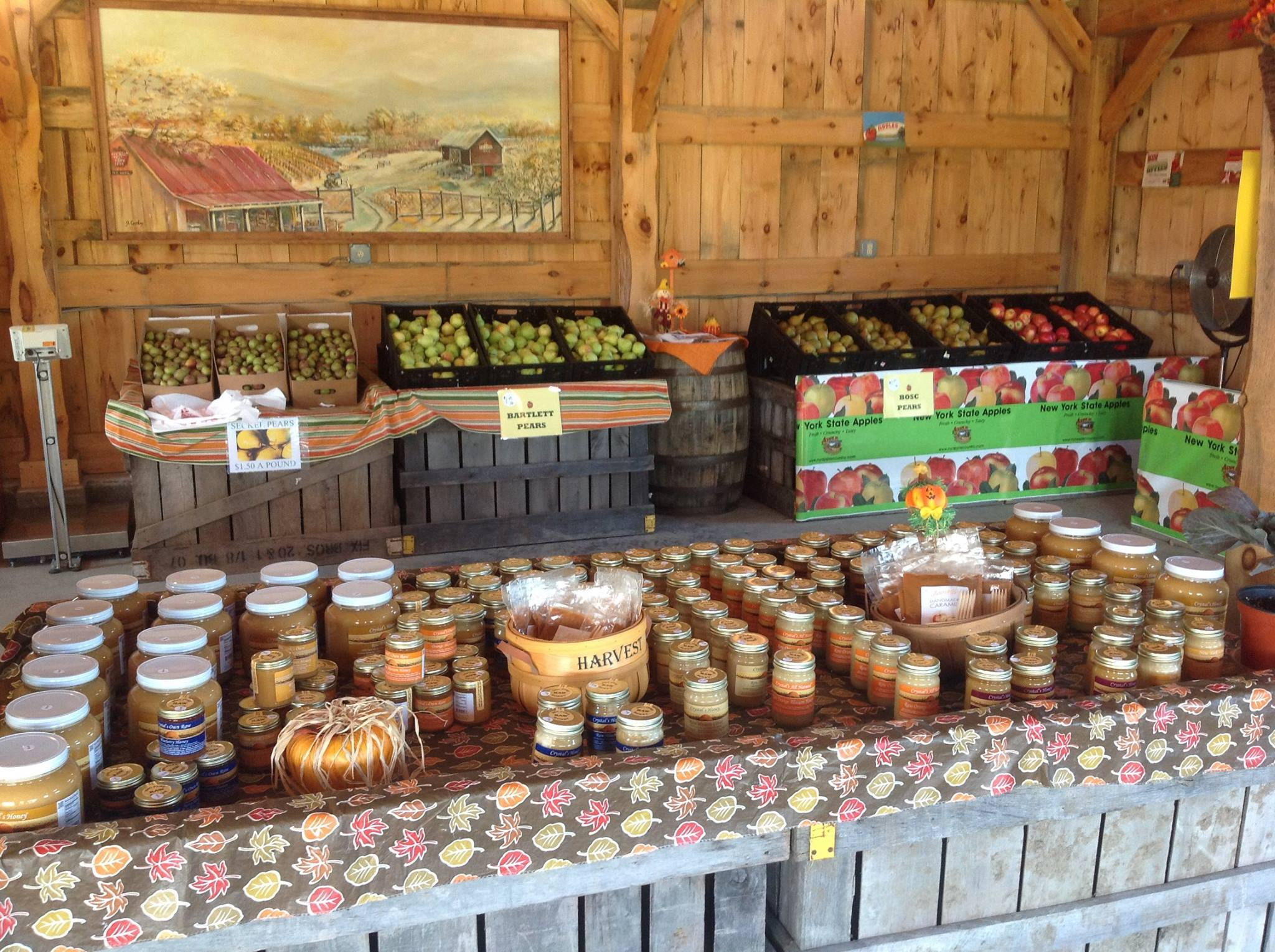 Display of Pears, Apples and Honey in the Pick Your Own Apple barn at Fix Bros. Fruit Farm, Hudson, New York